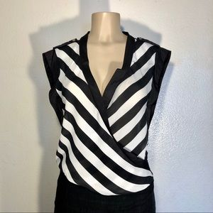 STRIPED SLEEVELESS TOP SIZE SMALL